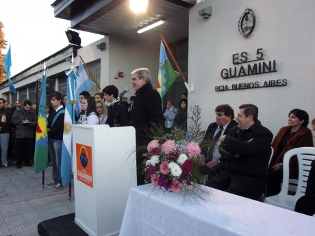 Guaminí - Fernández Aníbal - Colegios Secundarios
