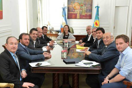 Vidal con intendentes de la 6ta Sección Electoral del FPV-PJ