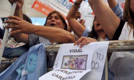 Docentes manifestación en La Plata