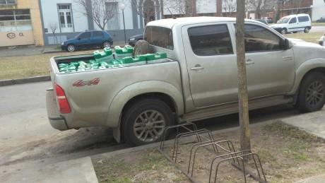Trenque Lauquen camioneta con agroquímicos