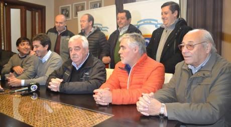 Pigüé - Reunión con Cenzón de Intendentes Municipales del FPV