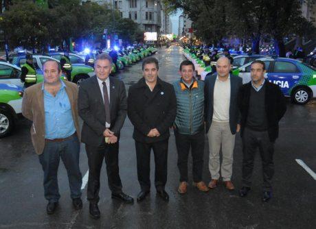 Ritondo en Bahía Blanca foto con intendentes