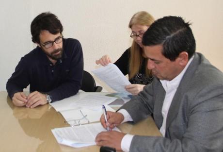 Pellegrini - Pacheco firma convenio con el Instituto de la Vivienda