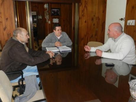 Álvarez, Néstor con delegados Garré y Bonifacio