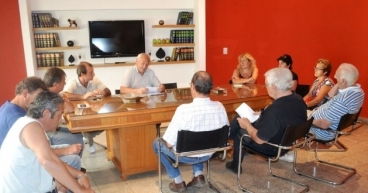 Álvarez entrega subsidios