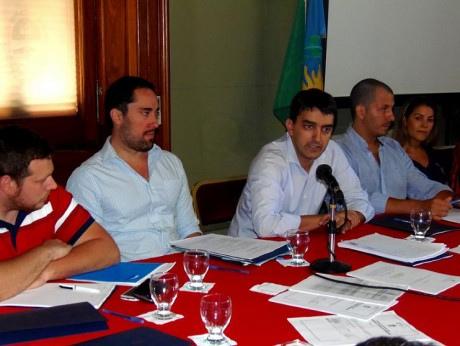 Albisu, Hernán - Comisión