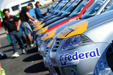 Bora - categoría en el autódromo de Santa Rosa