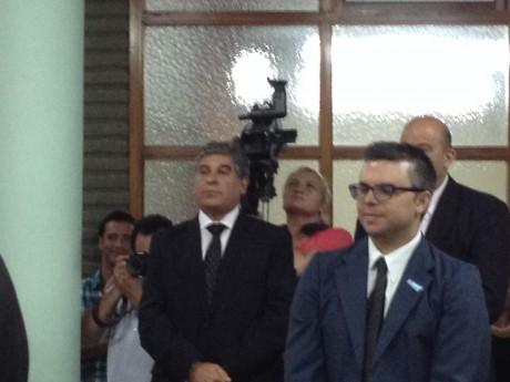 Figal, Claudio al fondo - Martín Sotullo delante