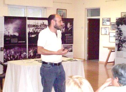 Ortega Peña, Ramiro