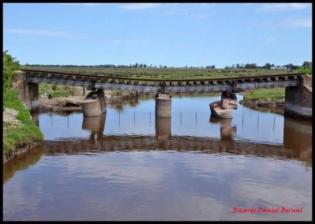 Tren Puente Bragado