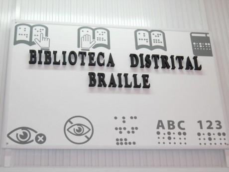 Carlos Casares biblioteca Braile