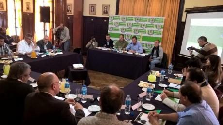 Río Quinto - Reunión comité en América