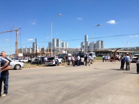Lechería - Protesta frente a la entrada de La Serenísima