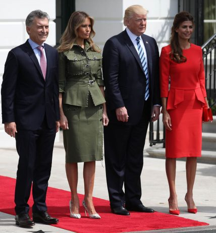 U.S. President Donald Trump (2ndR) and first lady Melania Trump (2ndL) pose with Argentina's President Mauricio Macri and his wife, Juliana Awada, at the White House in Washington, U.S., April 27, 2017. REUTERS/Carlos Barria