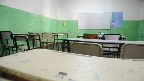 Escuelas aulas vacías
