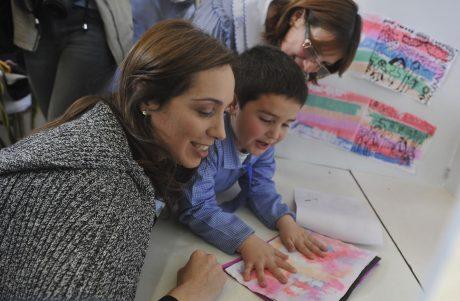 Vidal, María Eugenia en Ameghino - Foto proporcionada por gobernación