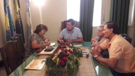 Pellegrini subsidio a centro de jubilados