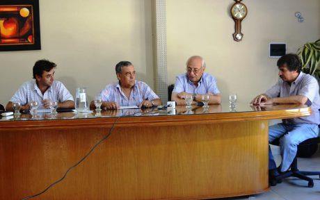Tres Lomas oficializan traspaso obra de cloacas