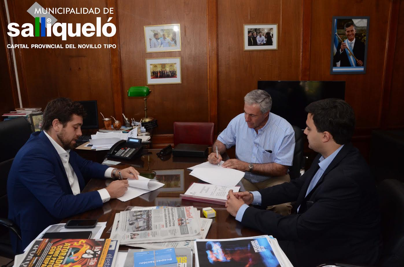 El municipio de salliquel adquirir una compactadora de for Ministerio del interior nacion