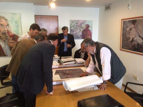 Reunión de intendentes y funcionarios en La Plata