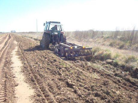 Carlos Casares reparación y ampliación de caminos