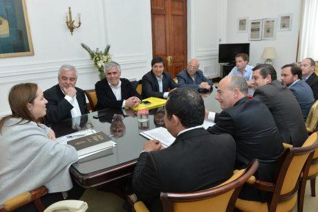 Vidal con intendentes de la 6ta