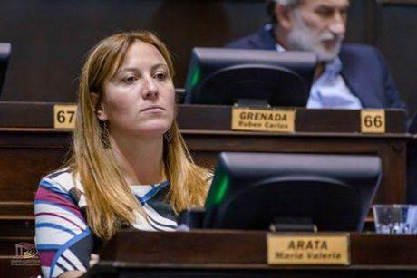 Arata, Valeria
